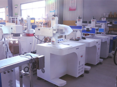02-laser-marking-machine-factory