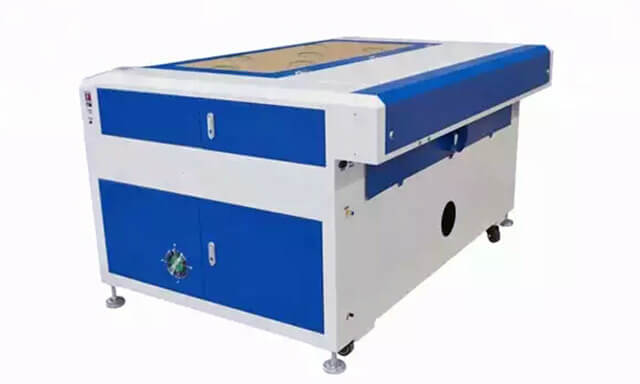 The affordable laser cutter engraver by AMO1390