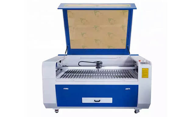 embroidery patch laser cutting machine