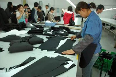 How-to-realize-the-transformation-of-customized-clothing-production